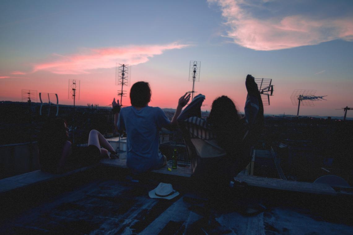 Ti perderai le persone che sono rimaste, se ti concentri su chi se ne va.